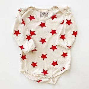 Maple Clothing 18-24 mos Cream Onesie w/ Red Stars